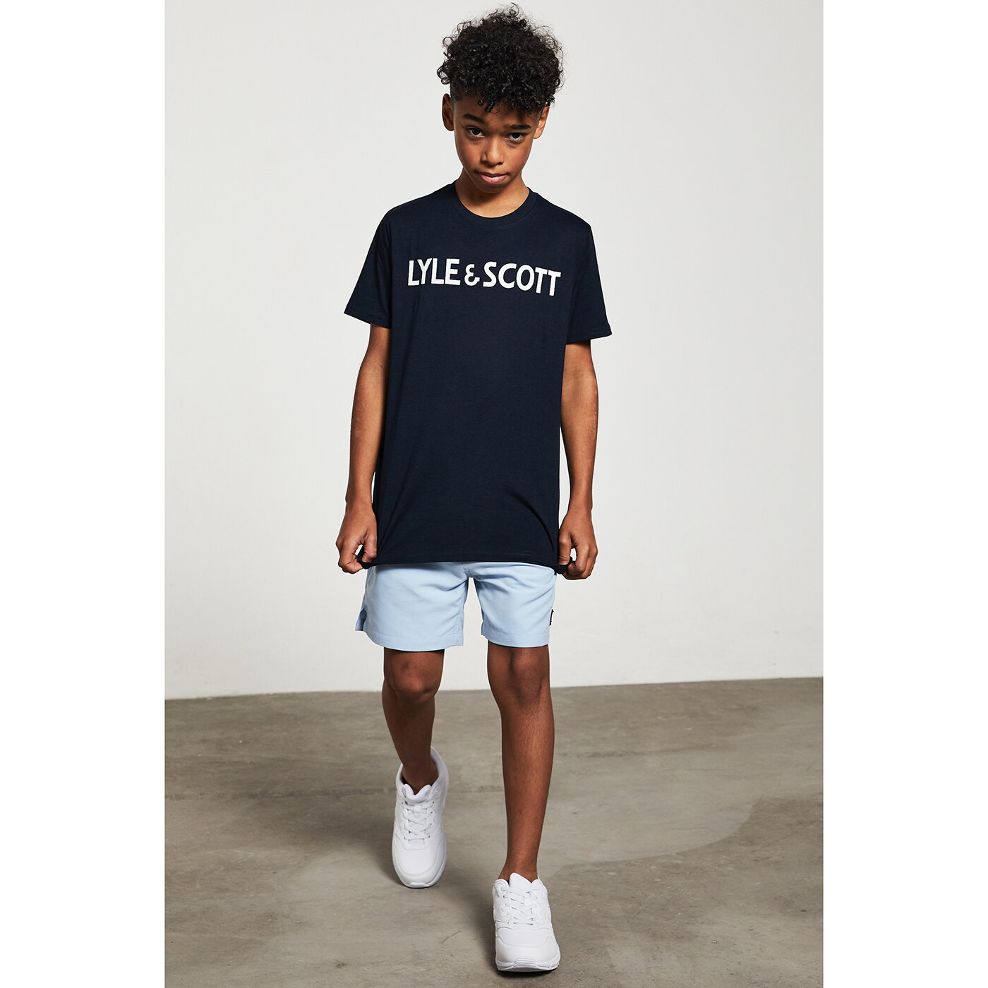 Lyle & Scott Text Tee Zwart